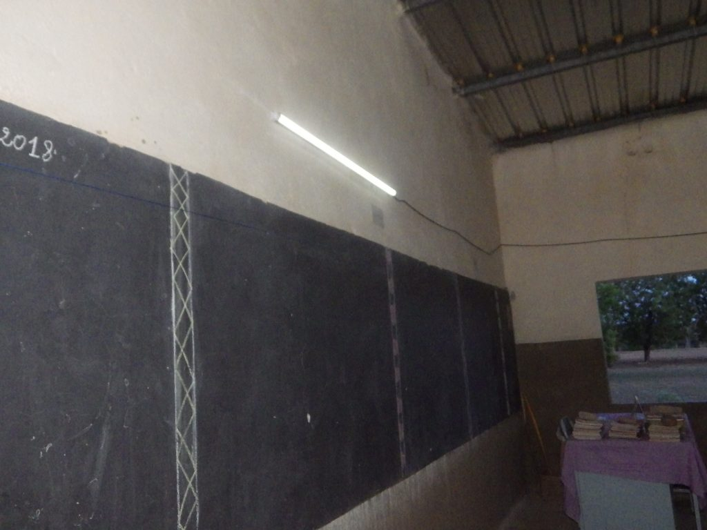 L'éclairage d'une salle de classe